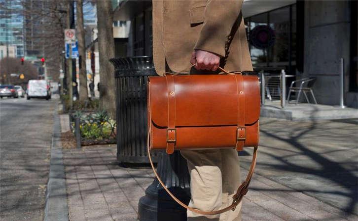 尾单便宜顶级真皮一手货跨境箱包,哪里的包包批发市场好
