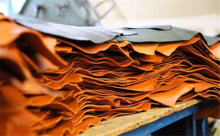 推荐下在安徽合肥哪里卖原单MC蒙口真皮包媲美专柜,江苏皮包批发市场