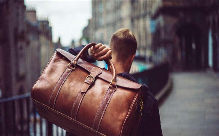 高端奢华的优品箱包高档高质量,跨境尾单包包批发