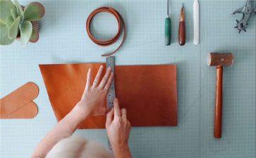 揭秘贴牌真皮箱包到底能不能超高品质,木质包包批发