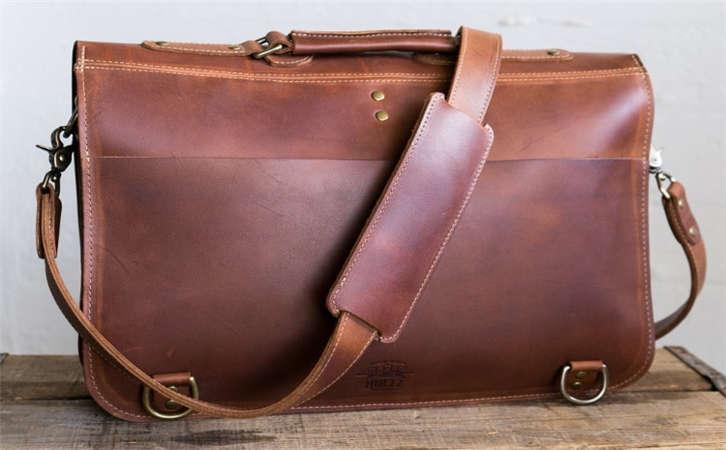 送皮带礼物的意义,皮带工厂教你如何穿搭皮带