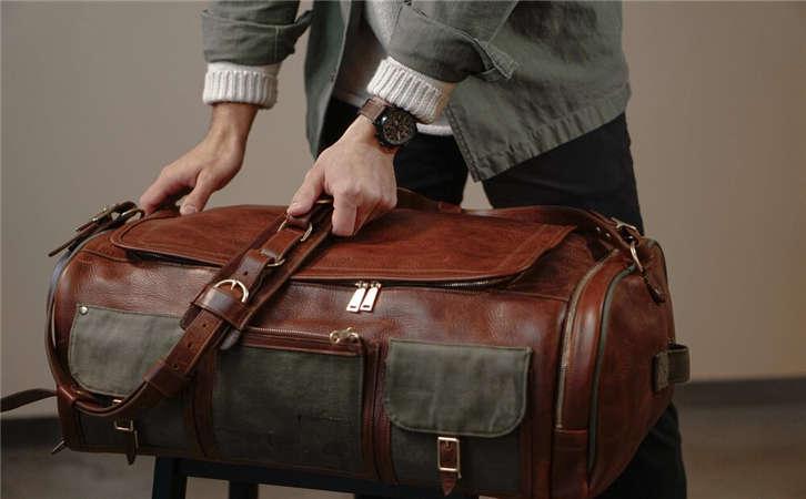 介绍宽版皮带的特点,介绍皮带常见的几种扣