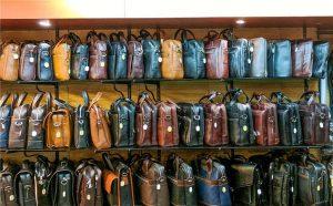 开女包店一般到哪里进货?包包进货哪里最便宜