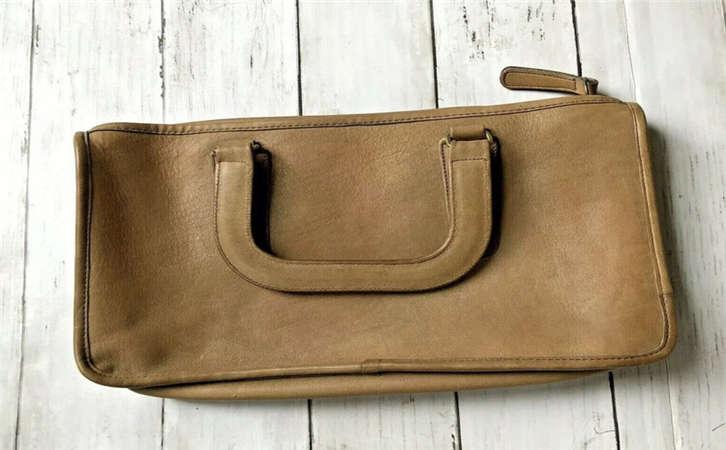 名贵的手袋更需要特别护理,如何对皮包进行保养