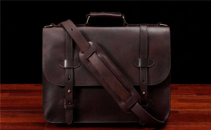 如何分辨真假皮包,商务手提包的使用事项