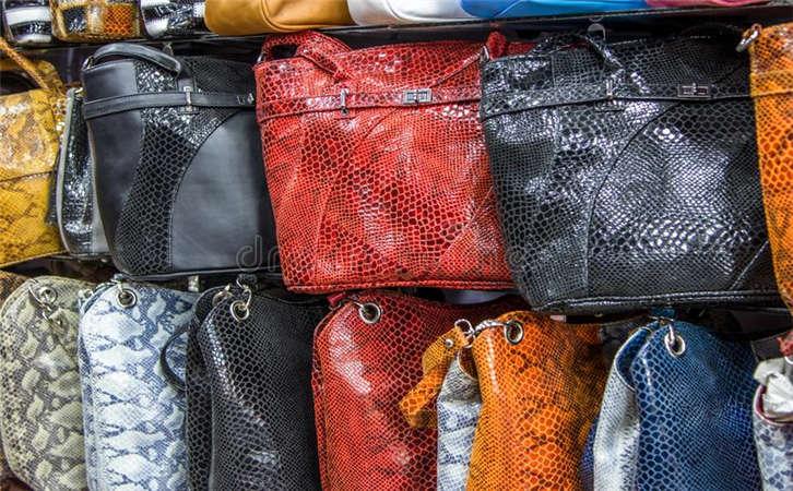 广州手袋生产厂家产品的四种感觉,礼品包生产厂家产品的五大优势