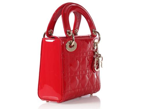 轻奢品牌包包一手货源(轻奢品牌包包排行榜前十名)
