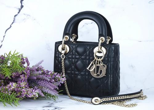 奢侈品包包都是真皮吗