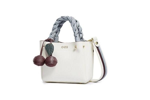 旅行小提包,推荐五款百搭简约风格的女士手提包