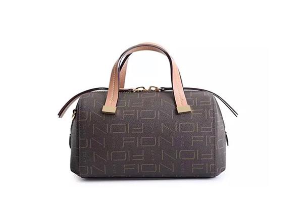 女士的小手提包
