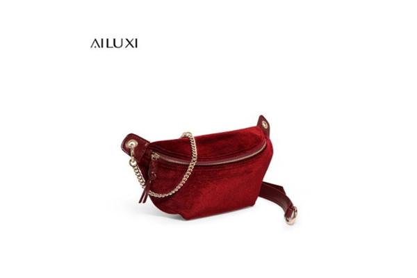爱路喜的包包都是什么材质的