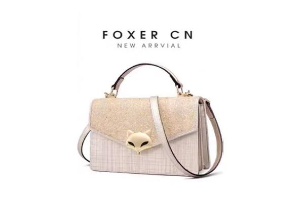 金狐狸包包是哪个国家的品牌